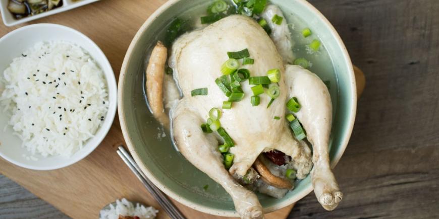 Una de las mas famosas recetas coreanas para conservar la Salud y aumentar la Longevidad: Samgyetang.